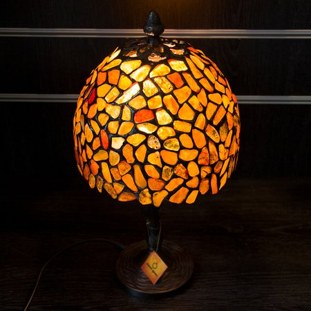 Beautiful Janet Gems: Lampa Z Bursztu / Lamp With Amber