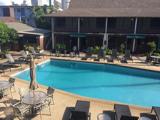 Breakers Hotel: photo1.jpg