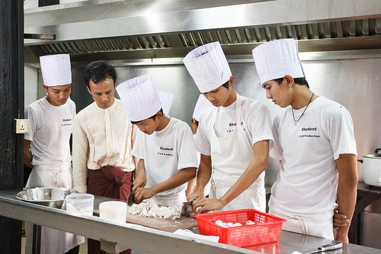 Inle Heritage: Our vocational students in practice training