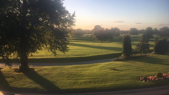 Mottram St. Andrew, UK: View from room across golf course