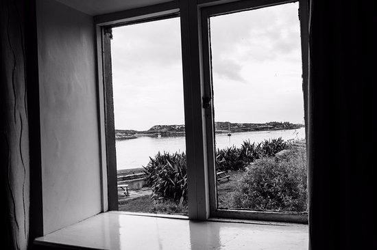 Inishbofin, ไอร์แลนด์: Harbour Views