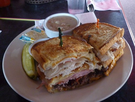 Spokane Valley, Etat de Washington : Burger Club w/Baked Potato Soup...