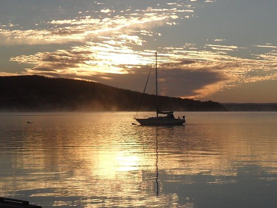 Baddeck, Canadá: Early morning view!