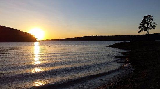 Mountain Pine, AR: Peace & Quiet Sunset or Sunrise