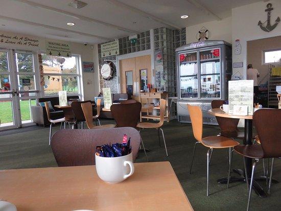 Aberdour, UK: seating area