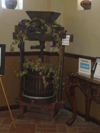 Erwinna, PA: Inside Lobby Art
