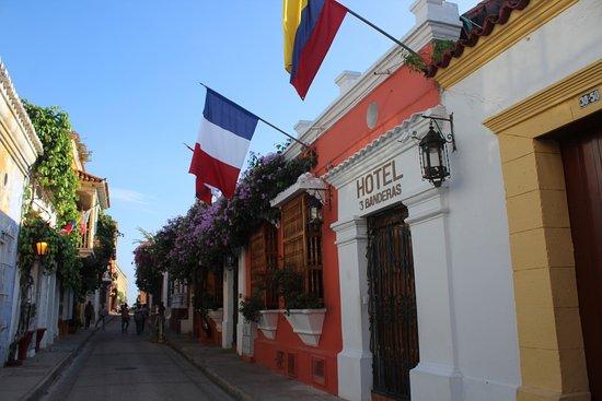 Hotel 3 Banderas: LOCATED IN BARRIO SAN DIEGO