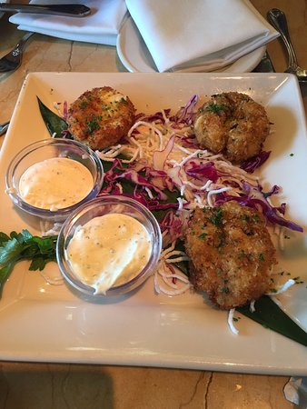 The Cheesecake Factory: Crab Cakes