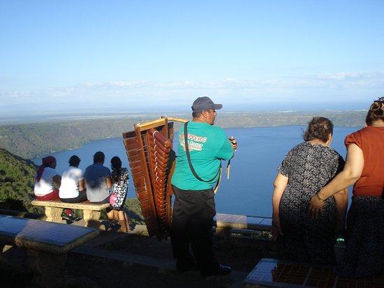 Masaya, Nicaragua: Laguna de Apoyo overlook