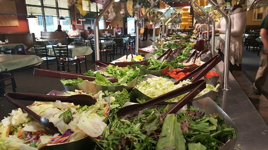 Pell City, AL: long salad bar