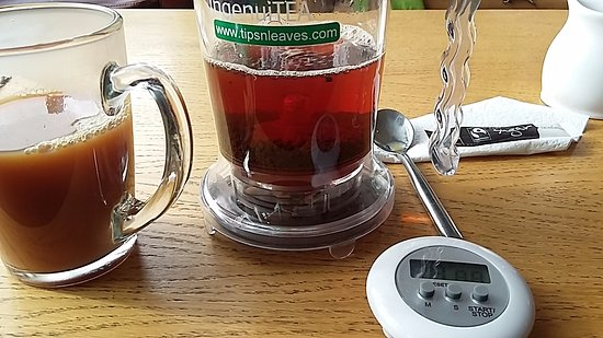 ‪‪Lyndhurst‬, UK: I loved the special tea gadget and you can buy them at the cafe.‬