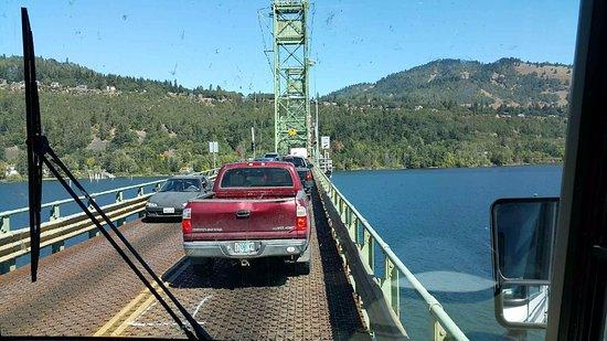 White Salmon, WA: the bridge