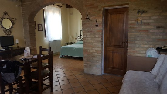 Buonconvento, Italia: Very large suite with kitchenette