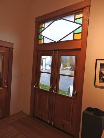 Kaslo, Kanada: Entrance doors...