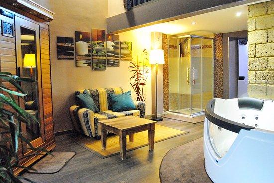 B&B Etna Taormina: Relax Room Deluxe ideale per una Fuga Romantica in Sicilia