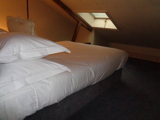 "The Pelham Hotel: Upsatirs ""room"""
