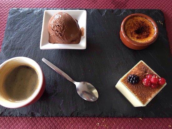 Saint-Leonard-des-Bois, France : Restaurant excellent avec ce jour une potée familiale et un café gourmand