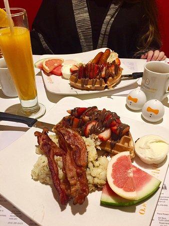 Brossard, Canadá: Delicious!