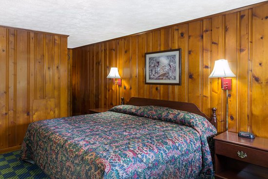 Athens, OH : Single King Room