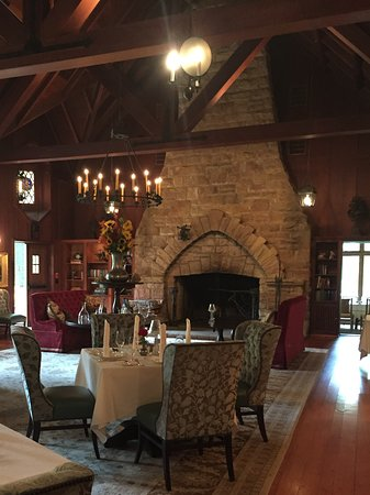 Bradford, PA: Great room Dining
