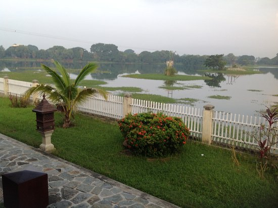 Monywa, Birma: View from deluxe bungalows
