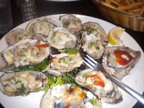 อ็อกซ์ฟอร์ด, มิซซิสซิปปี้: Dozen baked oysters