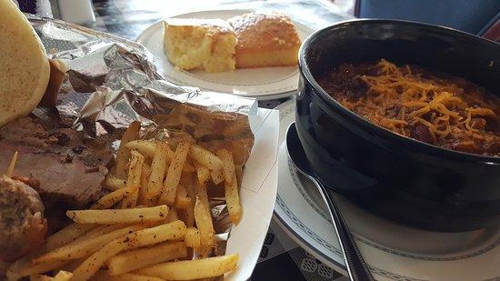 Orange, VA: Mountain View Barbeque