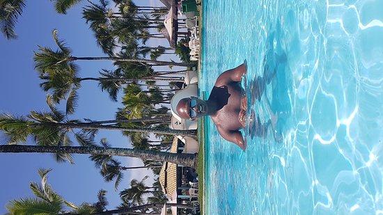 Hotel Transamerica Ilha de Comandatuba: Sábado lindo de sol com amigos no Top100