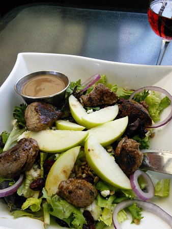 Canandaigua, NY: Harvest Salad