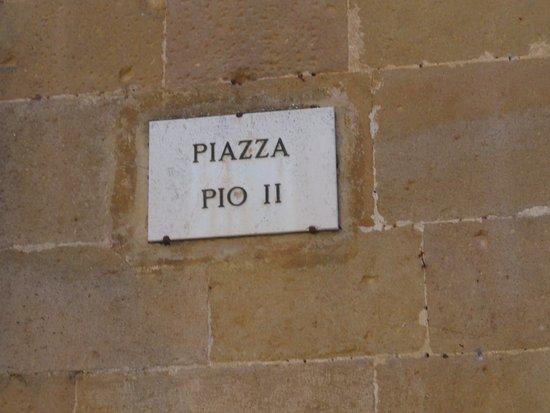 Pienza, อิตาลี: Plaza