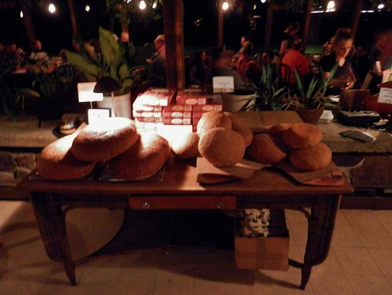Wallpack Center, Nueva Jersey: Homemade bread - Walpack Inn