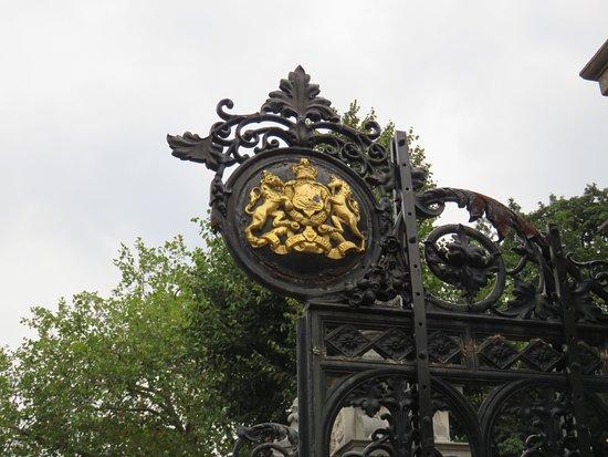 Kew, UK: Entry Gate