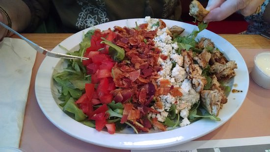 Big Al's Restaurant and Grill : Rockin Reuben and a Cobb Salad