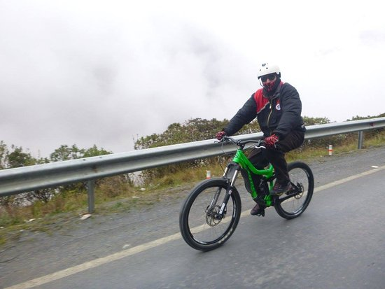 Gravity Assisted Mountain Biking : 1st lap to get used to the mountain bike
