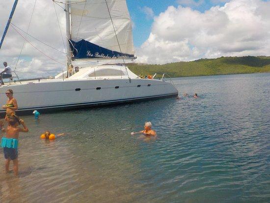 Les Ballades du Delphis: Apréo les pieds dans l'eau La Baie du Trésor