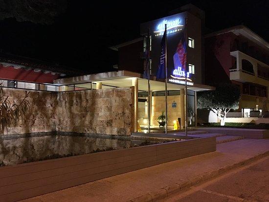 Illot Park Hotel