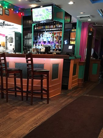 Manny's Uptown: One of the bars