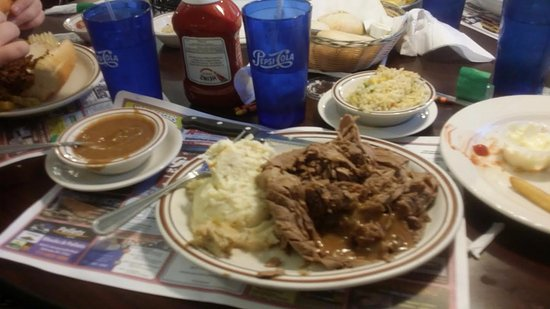 Ephrata, PA: Beef stripes with mash potato and rice :(