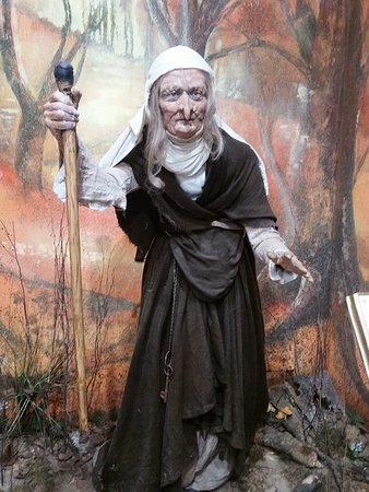 Mother Shipton's Cave and The Petrifying Well: Figure of Mother Shipton in the gift shop.