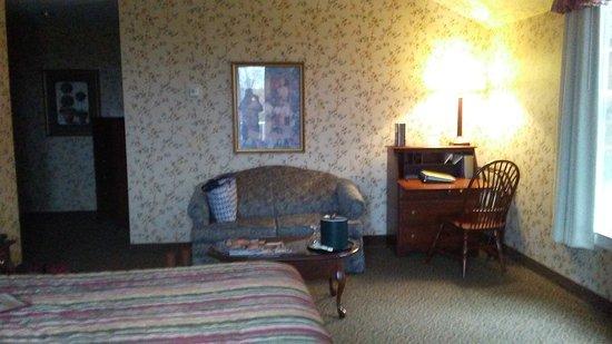 Red Maple Inn Bed & Breakfast: 20161021_153647_large.jpg