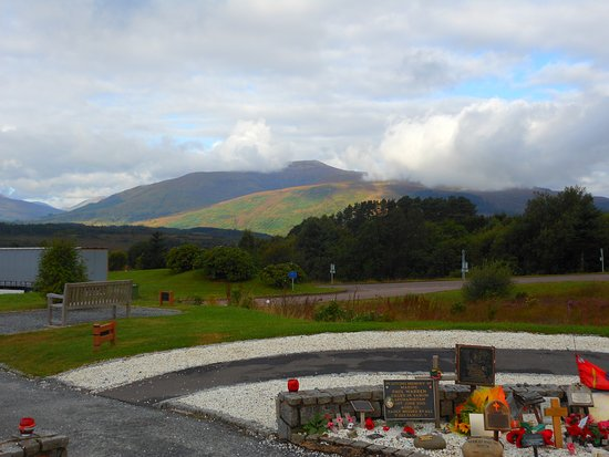 Spean Bridge, UK: tributes to lost Scottish soldiers
