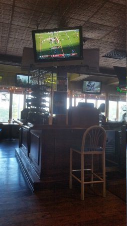 Barefoot Bernie's Bar & Grille Picture