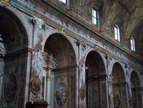 Chiesa di San Bartolomeo: Particolare dell'interno