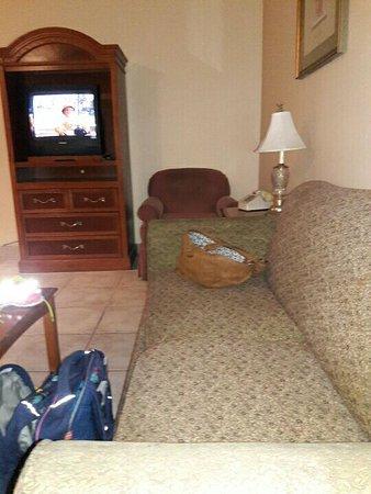 Lafayette Motel: aacf5b58-34c4-4952-95d3-6189889ae73a_large.jpg