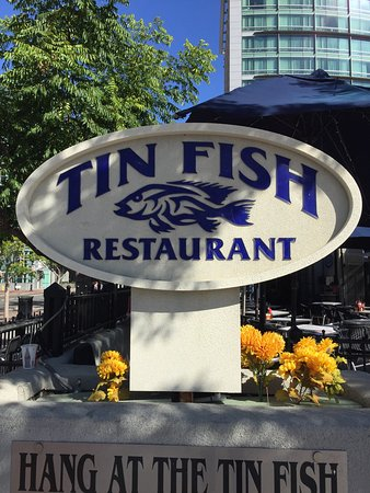 The Tin Fish : photo0.jpg