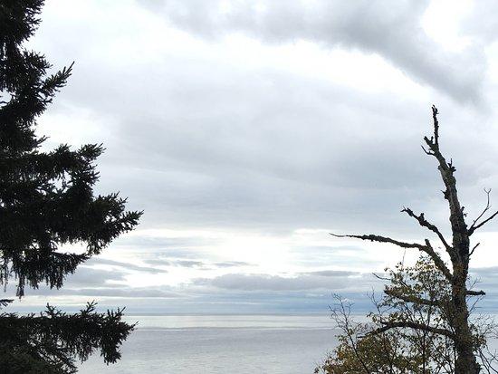 The Cliff Dweller on Lake Superior Foto