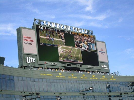 Green Bay, WI: Lambeau Field Scoreboard
