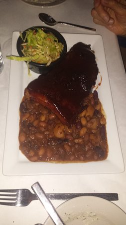 Kettering, OH: BBQ ribs and beans