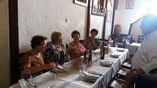 Canillas de Aceituno, İspanya: el servicio estupendo