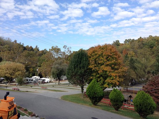 Blountville, TN: KOA Campground - Beautiful Setting